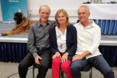 """Manuela Rechbauer beim Seminar """"Blitzhypnose"""" mit Dr. Preetz (links) und Dr. Bierman (rechts)"""